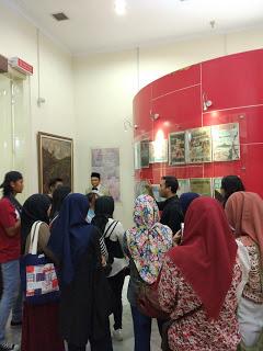 IMG 20171015 103326 - #JalanAkhirPekan: Ikut Picnichild, Jalan dari Gedung Joeang 45 Hingga ke Museum A.H. Nasution
