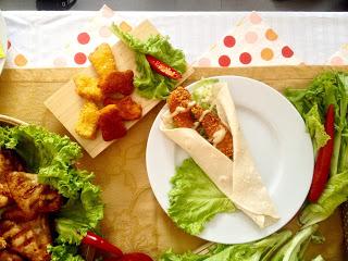 Photo2B11 5 17252C2B112B542B002BAM - Nikmati Menu Gerai Fast Food Halal ala Arab di Chicking!